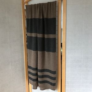 27 miles 100% cashmere wrap tan grey softest wool
